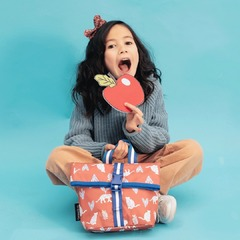 🌿💕Sac à gouter, pratique & écologique. 🐯Te voilà équipé pour parcourir la savane à dos de fauve, à moins que ce ne soit l'inverse 😜😘 . #carameletcie #caramel_et_cie #kidsandfamily #kidslifestyle #kids #instakids #enfance #cartable #binder #sacados #bag #happiness #maternelle #cp #ce1 #ce2 #college #school #ecole #nouvellecollection #envadrouille #extrascolaire
